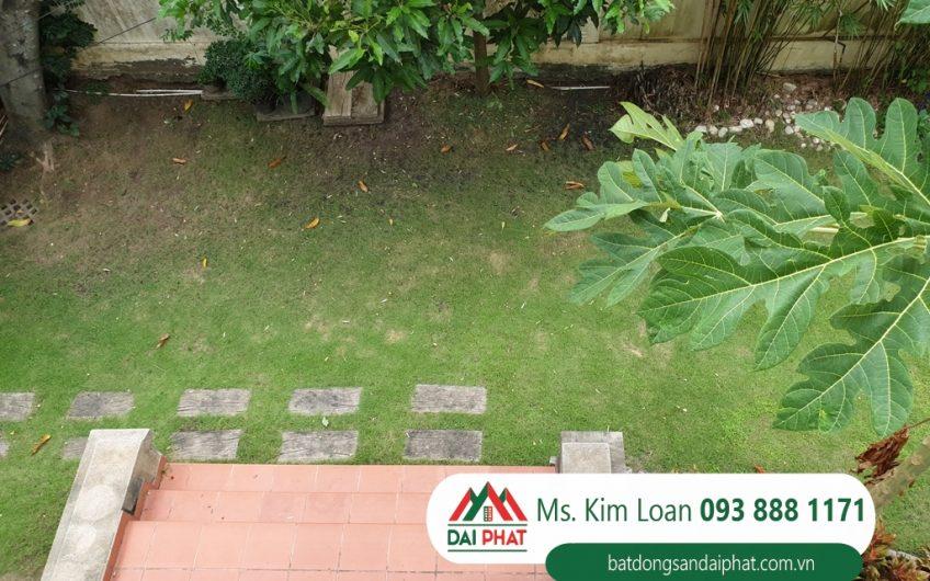 Cho thuê biệt thự Phú Gia, Phú Mỹ Hưng, Quận 7. Sân vườn rộng, giá 3500$/tháng.