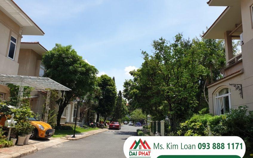Cho thuê biệt thự Phú Gia căn góc, sân vườn rộng 4000$/tháng.