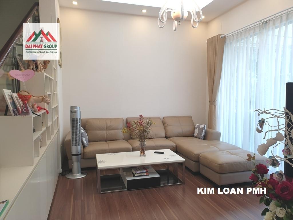 Bán biệt thự Hưng Thái, Phú Mỹ Hưng nhà mới sơn sửa, giá rẻ nhất thị trường 17.5 tỷ.