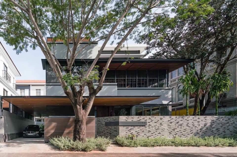 Bán biệt thự Mỹ Hào, Phú Mỹ Hưng đơn lập 309m2, nhà đẹp, có hồ bơi nước mặn 63.5 tỷ