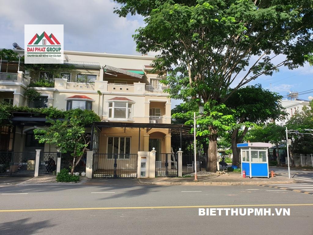 Cho thuê biệt thự Mỹ Thái, góc 2 mặt tiền đường lớn view công viên 1900$/tháng.